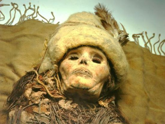 Мумия женщины из пустыни Такла-Макан