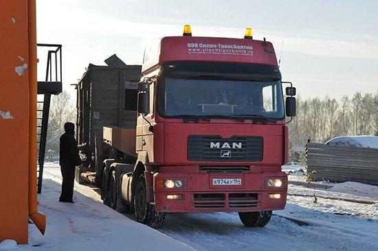 Транспортировка вагона на территорию Музея