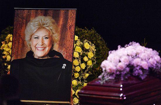 Елена Образцова скончалась 12 января 2015 года