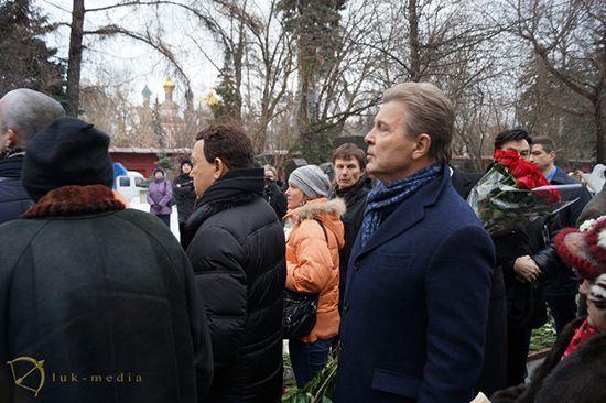 Лев Лещенко на похоронах Елены Образцовой