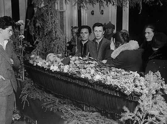 Похороны Маяковского