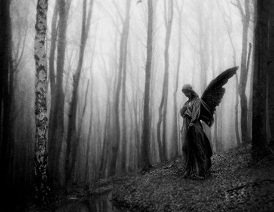 Печальный ангел