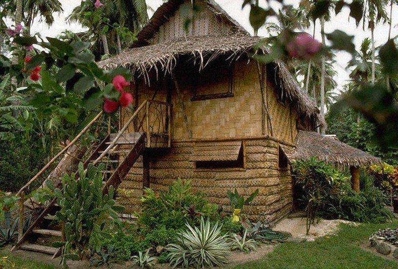 Таити, Французская Полинезия. Дом, в котором последние годы жил Гоген.
