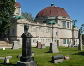 ob-istorii-krematsii-arhitekture-i-muzee-pogrebalnoy-kulturyi