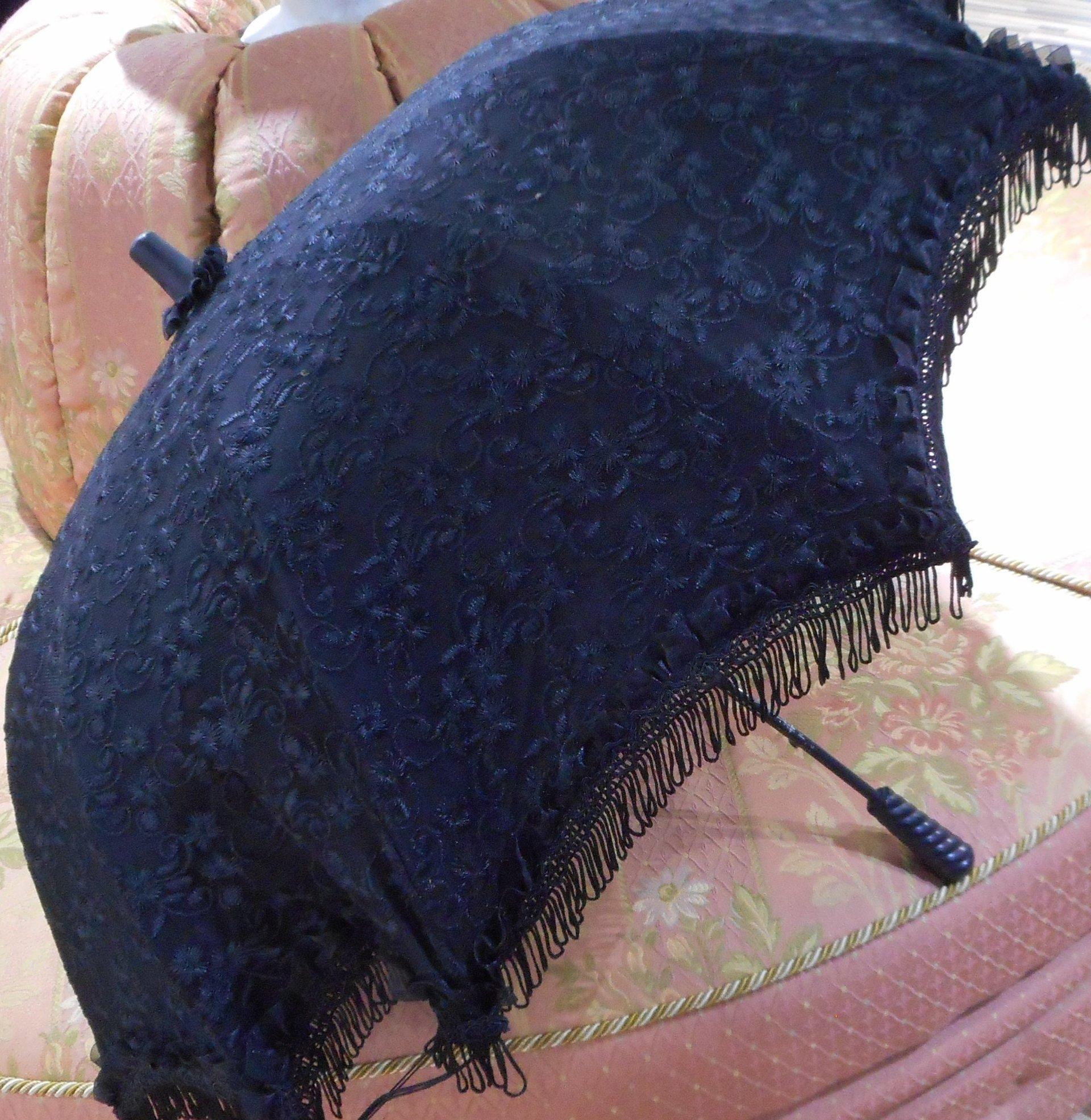 траурный зонтик парасоль