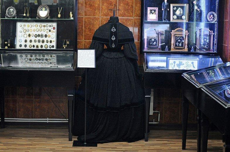 Траурное латье из коллекции музея смерти
