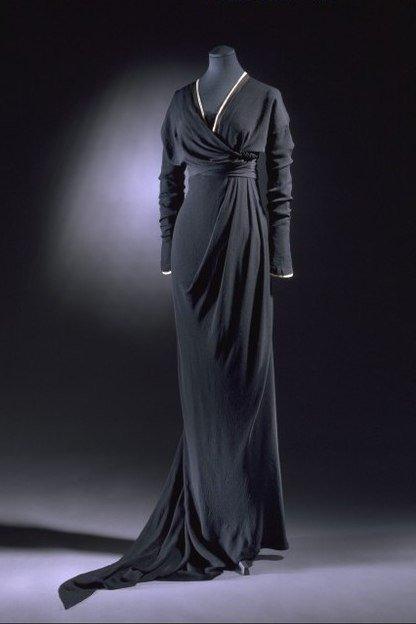 Траурное платье. 1912