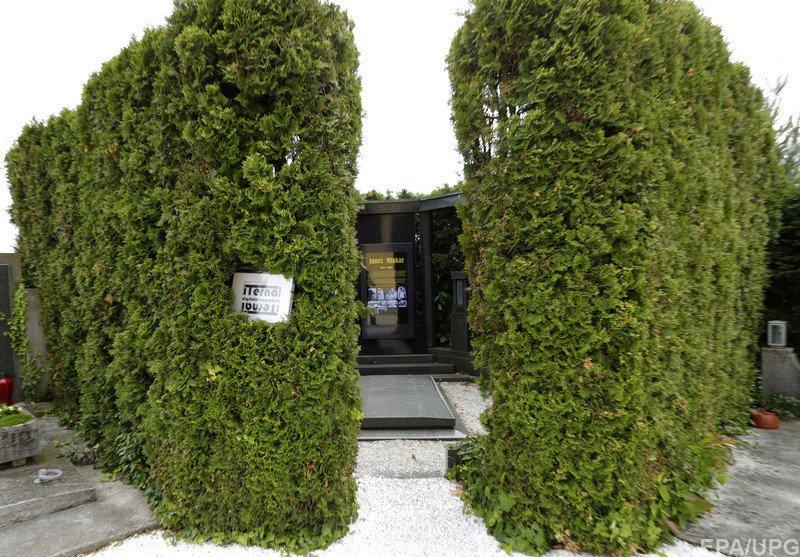 Цифровой надгробный памятник марибор