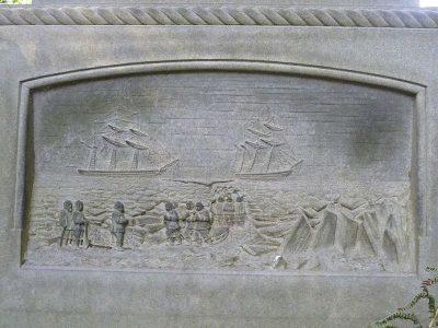 Надгробный памятник лейтенанта Джона Ирвинга