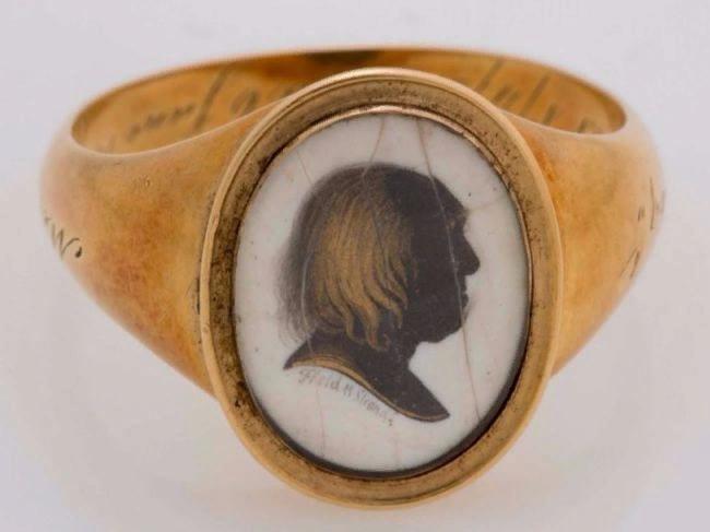 мемориальное кольцо