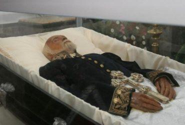 Загадка мумии хирурга Пирогова
